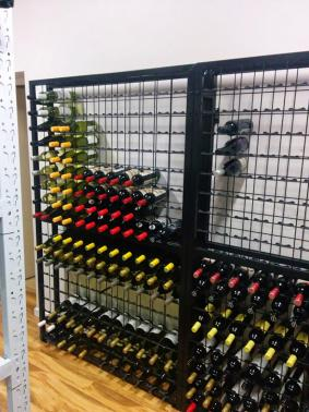Powder Coated Connoisseur Wine Racks with Label Protection Clips