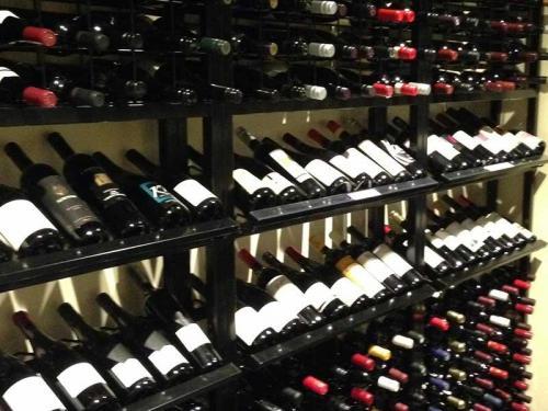 Double Display Wine Racks